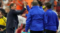 Hà Lan thắng hú vía Ukraine, HLV De Boer chỉ ra bí quyết thành công
