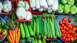 Cùng đi chợ: Hôm nay 15/6 giá rau xanh tiếp tục giảm, một số loại củ tăng