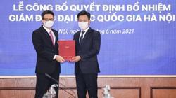 Phó Thủ tướng Vũ Đức Đam trao quyết định bổ nhiệm Giám đốc Đại học Quốc gia Hà Nội cho GS-TS 47 tuổi