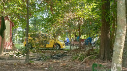 Nam tài xế taxi chết trong tư thế treo cổ, để lại nhiều giấy vay nợ, cầm đồ
