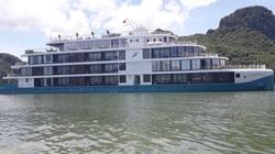 """Thảm cảnh tàu triệu đô trên vịnh Hạ Long (kỳ 2): Tàu nằm bờ, người """"trôi dạt"""""""