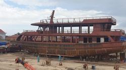 Thảm cảnh tàu triệu đô trên vịnh Hạ Long (kỳ 3): Gánh nợ ngân hàng, chủ tàu rơi nước mắt