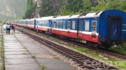 Phong toả tuyến đường sắt Bắc - Nam vì phát hiện bom gần đường ray