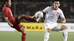 """ĐT Indonesia đá """"chặt chém"""": Đoàn Văn Hậu có nên ra sân?"""