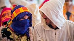 """Marocco: Trải nghiệm độc đáo với lễ hội Kết hôn và """"Trò chơi thuốc súng"""" của bộ lạc Berber"""