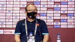 HLV Park Hang Seo và Quang Hải: Chúng tôi hạnh phúc khi mang về chiến thắng dành tặng toàn thể CĐV Việt Nam