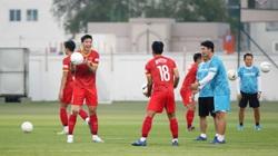 HLV Hoàng Văn Phúc cảnh báo HLV Park Hang-seo về Đoàn Văn Hậu