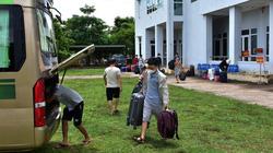 """Thừa Thiên - Huế đã ra đón 20 người từ TP.HCM """"quá giang"""" ở Quảng Trị về cách ly"""