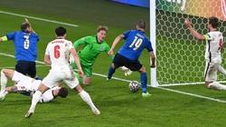 Clip: Xem lại bàn thắng của Bonucci đưa trận đấu Anh - Italia về vạch xuất phát