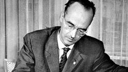 """""""Điệp viên nguy hiểm nhất thế kỷ"""" cứu Liên Xô khỏi đòn tấn công hạt nhân như thế nào?"""