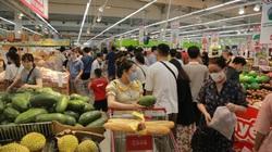 Hà Nội: Các siêu thị liên tiếp đưa hàng về, phục vụ người dân đến tối khuya