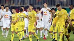 """Ba rắc rối lớn khiến nhiều CLB V.League """"nội chiến"""" với VPF"""
