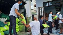 TT-Huế: Nông dân bảo nhau góp thực phẩm, gạo ngon, rau sạch và hàng trăm triệu tiền mặt ủng hộ miền Nam