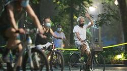 Hà Nội yêu cầu người dân ở nhà từ 19/7: Nườm nượp ra đường tập thể dục, đạp xe từ 4h sáng