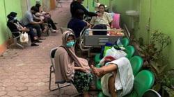 Không đủ ICU, bác sĩ Indonesia gặp nhiều khó khăn trong việc điều trị Covid-19