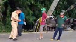 Lâm Đồng: Xe chở nhựa đường lật ở đèo Bảo Lộc, 3 người thương vong