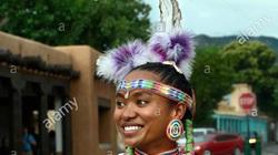 Trật tự ngược khi yêu theo tục lệ của bộ lạc thổ dân Pueblo