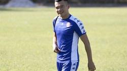 """VFF nói gì về """"cầu thủ may mắn nhất"""" nếu V.League 2021 rời sang 2022?"""