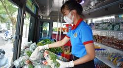 Nha Trang: Biến xe buýt thành cửa hàng di động phục vụ rau, quả, thịt, cá...