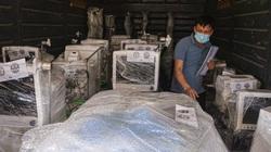 Cận cảnh chuyến tàu đặc biệt chở 10 tấn trang thiết bị y tế để hỗ trợ TP Hồ Chí Minh chống dịch Covid-19