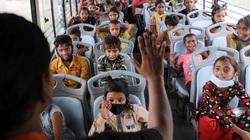 Chuyến xe buýt nghĩa tình dành riêng cho trẻ em ở khu ổ chuột New Delhi