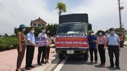 """Nông dân Bắc Giang tặng mỳ gạo đặc sản """"tiếp sức"""" nông dân Hà Nội chống dịch Covid-19"""