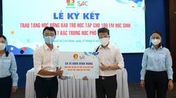 Sau H'Hen Niê, Đàm Vĩnh Hưng bảo trợ cho 100 học sinh khó khăn vì dịch Covid-19