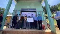 Hội Nông dân Quảng Nam: Bàn giao 4 ngôi nhà tránh lũ cho hộ nông dân đồng bào Ca Dong