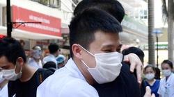 Hình ảnh đầy quyết tâm của gần 200 y bác sĩ BV Bạch Mai lên đường hỗ trợ TP.HCM chống Covid-19