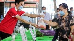 Hà Nội: Siêu thị mini trên xe buýt đưa hàng hóa lưu động đến tận khu dân cư trong thời gian giãn cách