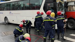 TP.HCM: Nhiều nhân viên y tế thoát chết sau vụ tai nạn 2 xe khách