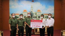 Agribank ủng hộ Công an TP. Hồ Chí Minh 2 tỷ đồng phòng, chống dịch Covid-19