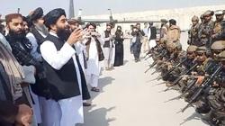 Taliban bắn súng vang rền, ăn mừng chiến thắng sau khi Mỹ rút quân khỏi Afghanistan