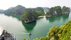 Quảng Ninh: Vụng Hà điểm đến mới đẹp mê mẩn với các cặp đôi mới cưới