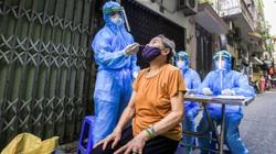 Tập trung lấy tới 5.000 mẫu xét nghiệm tại 2 ổ dịch Covid-19 trong một quận của Hà Nội