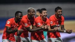 Chi 3.000 tỷ đồng nhập tịch cầu thủ, CĐV Trung Quốc xấu hổ khi so với Việt Nam