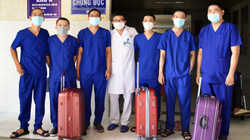 Đoàn y tế của Cà Mau lên đường đi hỗ trợ Bệnh viện Chợ Rẫy