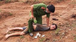 Lâm Đồng: Công an bao vây, khống chế đối tượng vận chuyển gần 1kg ma túy