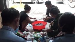 Hà Nam: Phát hiện cơ sở kinh doanh nhiều loại bánh kẹo hết hạn sử dụng