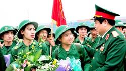Ảnh: Đại tướng Phùng Quang Thanh luôn gần gũi, thân mật