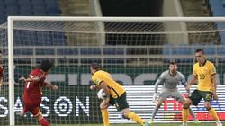 """VFF đưa tình huống chạm tay của cầu thủ Australia vào """"sách giáo khoa"""""""