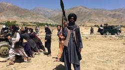 Taliban công khai hạ sát thủ lĩnh phe đối lập trên đường