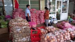 Phát hiện số lượng lớn tỏi Trung Quốc vi phạm nhãn  hàng hóa ở Tiền Giang