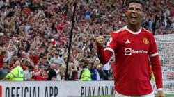 TIẾT LỘ: Ronaldo phát biểu giật gân khiến toàn đội M.U im thin thít