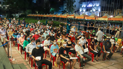 """""""Chìa khoá"""" nào giúp nhiều quận, huyện ở Hà Nội tiêm vaccine thần tốc chỉ trong chưa đầy 1 tuần?"""