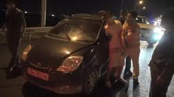 CLIP: Bắt người đàn ông lái xe ôtô bỏ trốn khỏi khu cách ly