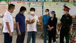 """7 tấn nông sản từ """"Chuyến xe hạnh ngộ"""" đến với Bệnh viện dã chiến TP.HCM"""
