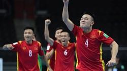 """Clip: """"Bàn thắng vàng"""" giúp ĐT futsal Việt Nam giành vé knock-out"""