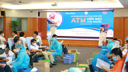 """Sacombank đồng hành cùng Hội Doanh nhân trẻ Việt Nam triển khai chương trình """"ATM Hiến máu cứu người"""""""