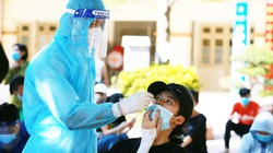 Hà Nội cử hàng trăm cán bộ y tế về Hà Nam tổng lực lấy mẫu xét nghiệm truy vết F0 ngoài cộng đồng